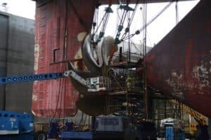 Emma Maersk at DSBr (2)